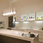 Оригинальное освещение кухонной мебели