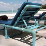 Раскладной шезлонг для пляжа