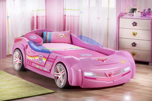 Розовая машина-кровать для девочки
