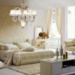 Шикарная мягкая спальня