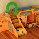 Безопасная детская кровать с героями из мультиков