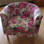 Цветочное кресло с новой оббивкой