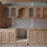 Деревянная кухня с узорами своими руками