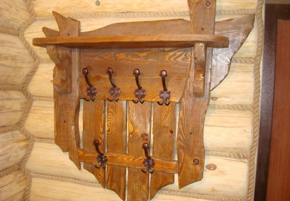 Деревянная вешалка своими руками