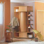 Деревянный шкаф необычной формы