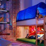 Детская кровать с пологом и игровой зоной