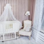 Детская спальня с креслом для мамы