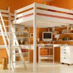 Двуспальная кровать чердак для взрослых белого цвета