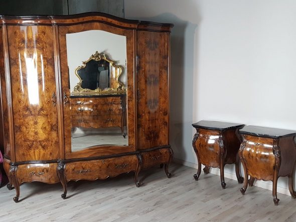 Эксклюзивный итальянский комплект мебели