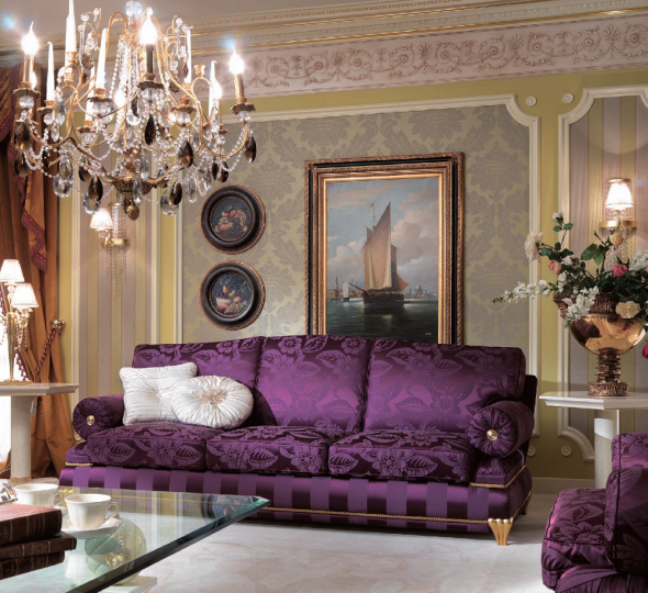 Классический диван для гостиной