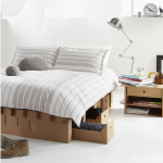 Картонное спальное место