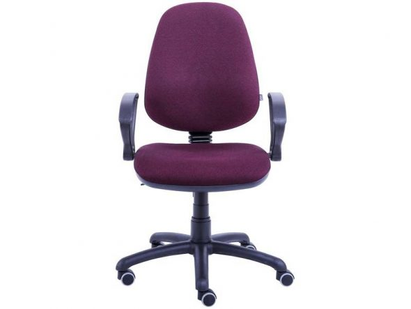 Компактное офисное кресло