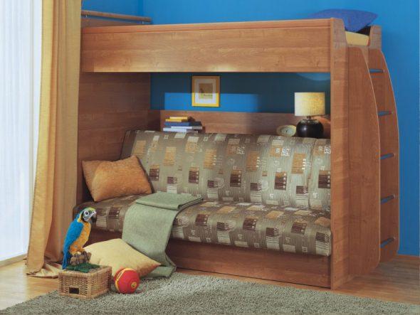Удобная деревянная кровать-чердак с диваном