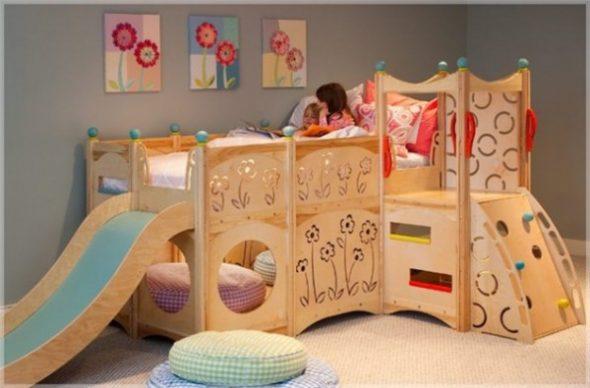 Кровать-чердак с горкой, пуфами и игровой зоной