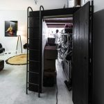 Кровать-чердак с кладовкой-гардеробной