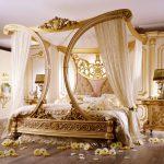 Кровать с балдахином для спальни в стиле барокко