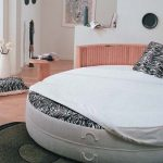 Круглая кровать для оригинальной спальни