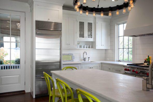 Кухонная мебель до потолка