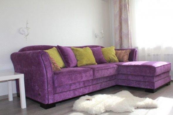 Лавандовый диван