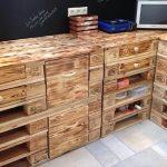 Кухонная мебель из паллет