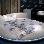Мягкая круглая кровать с подсветкой