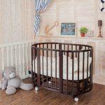 Натуральная и безопасная кроватка для малыша