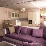 Небольшая уютная квартира-студия с фиолетовым диваном
