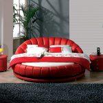 Необычная круглая кровать в интерьере