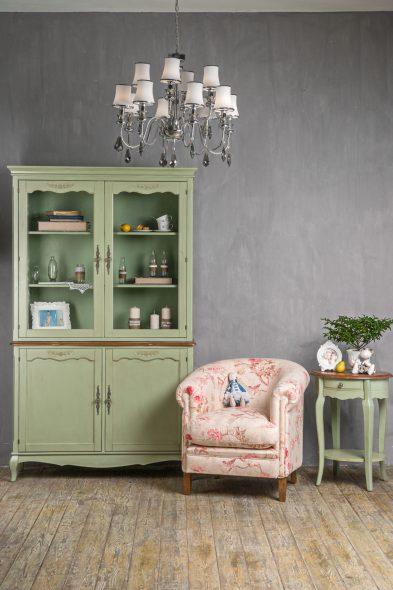 Отреставрированная мебель в интерьере