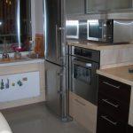 Расположение встраиваемой техники на маленькой кухне