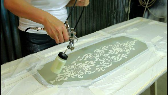 Роспись мебели по трафарету
