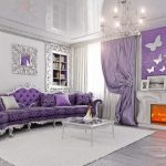 Шикарная фиолетовая гостиная с красивым декором