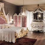 Шикарная королевская спальня