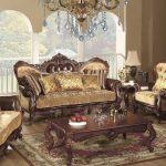 Шикарная мебель в гостиную в стиле Барокко