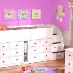Спальное место для детей старше 3 лет с высокими бортиками