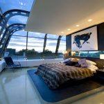 Спальня с шикарным видом и необычным оформлением