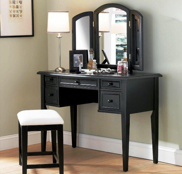 столик для макияжа черный