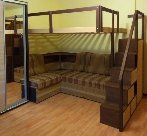 Встроенная двухспальная кровать-чердак