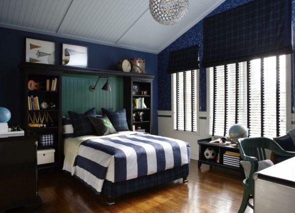 Большая и удобная кровать