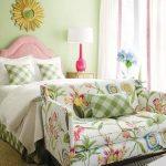 Цветочный текстиль для мягкой кровати и диванчика