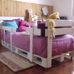Детская кровать из подручных материалов