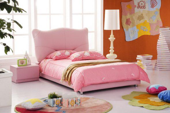 Детская кроватка для девочки