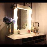 Гримерное зеркало с подсветкой и столик для макияжа своими руками