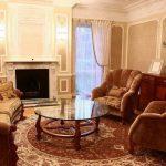 Кресла и диваны лучше располагать так, чтобы было видно окна