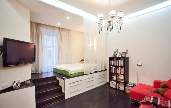 Кровать-подиум со спальным местои наверху