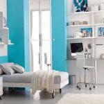 Мебель на колесиках для спальни подростка