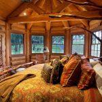 Резная мебель для загородного дома