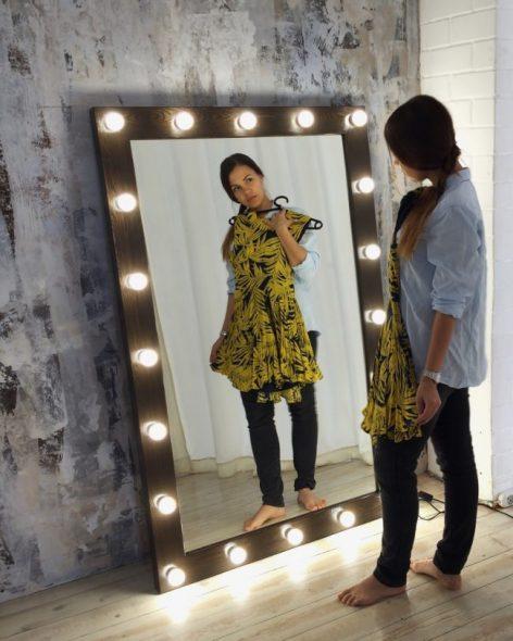 Шикарное прямоугольное зеркало