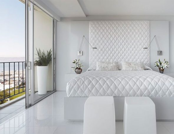 Стильная белая спальня