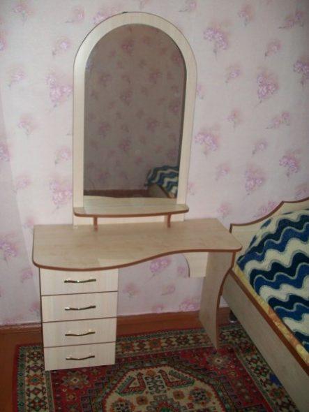 Модель туалетного столика